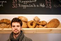"""Beim """"Der Greissler"""" in der Josefstadt-Wien, bekommen sie noch unverpackte Lebensmittel. Alexander Obsieger bedient sie gerne!"""
